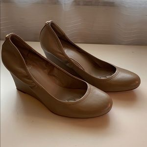 Vince Camuto nude ballet wedges size 8.5